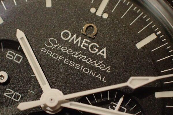新作モデル入荷 オメガ スピードマスタープロフェッショナル